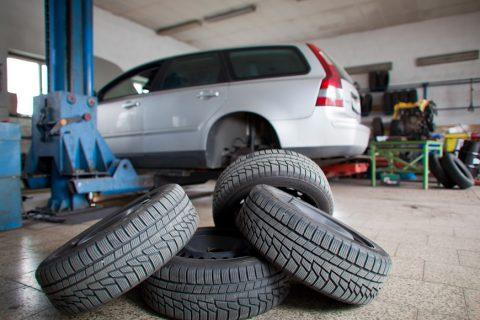 Assistenza e sostituzione pneumatici per auto, moto, furgoni e autocarri fino a 35Q roma