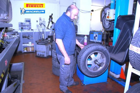 Autoparioli centro gomme michelin pirelli Roma