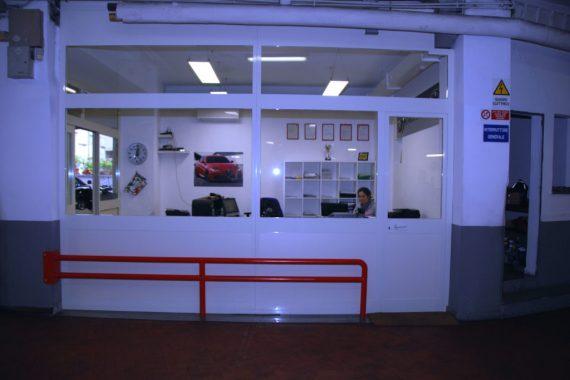 Autoparioli Officina meccanica ufficio amministrazione Roma